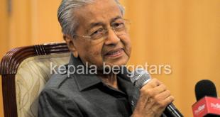 Dr Mahathir: Kind docs' panel to advise Putrajaya on Covid-19